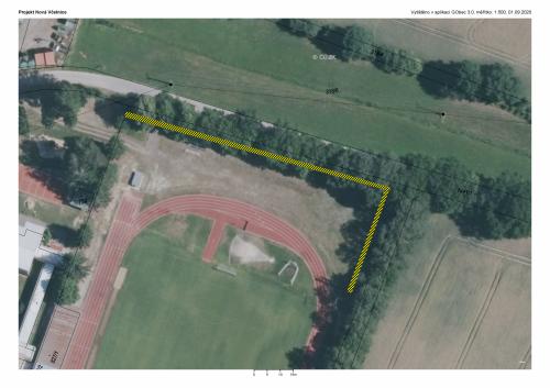 Stávající stav oplocení sportovního stadionu 1